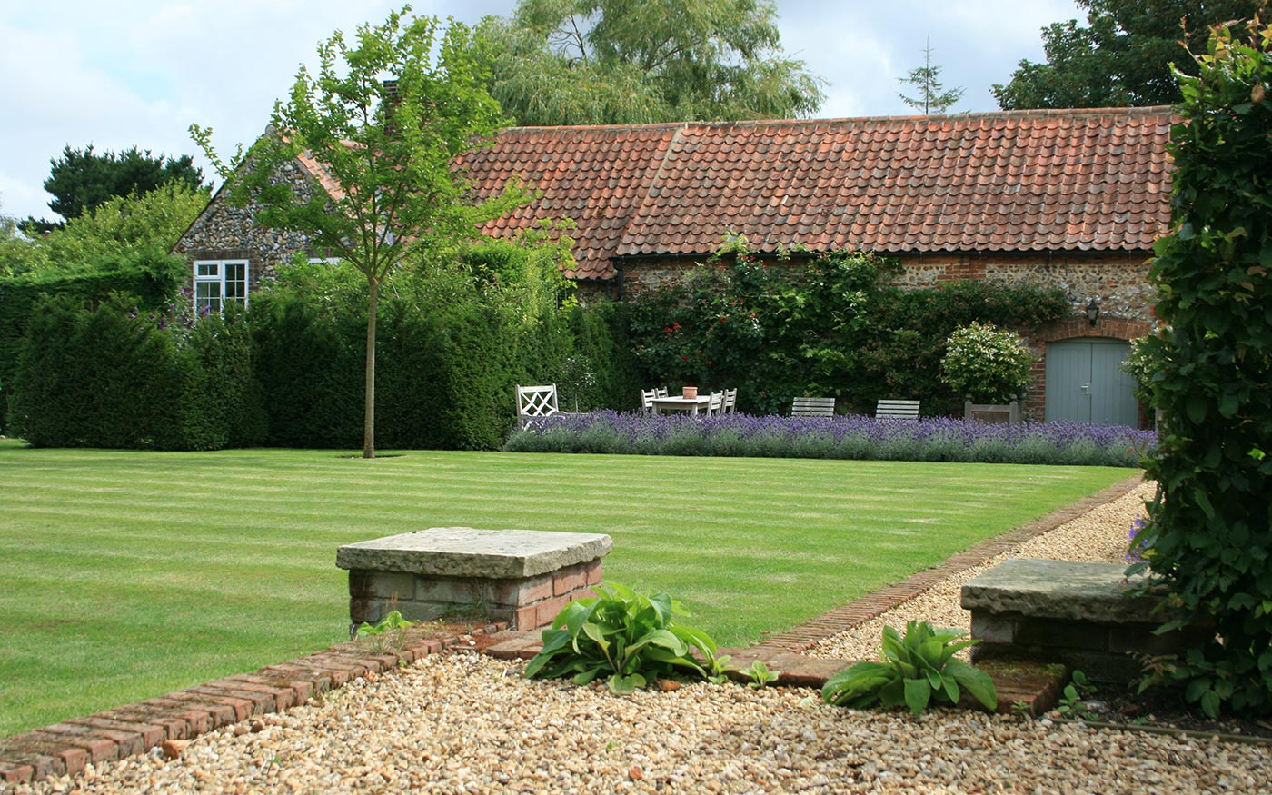A Classic English Garden - Landscape Design project by Susannah McDougall, Norfolk.